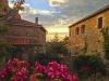 Das Dorf Labastide-de-Virac, Village de Charactère