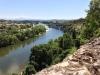 Blick vom Dorf Aiguèze auf die Ardèche am Ende der Gorges-de-l'Ardèche