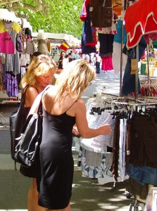 Einkaufsbummel in Vallon-Pont-d'Arc