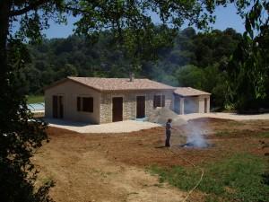 Das Ferienhaus: aussen schon fertig