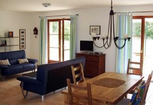 Der Wohn- / Essbereich im Ferienhaus
